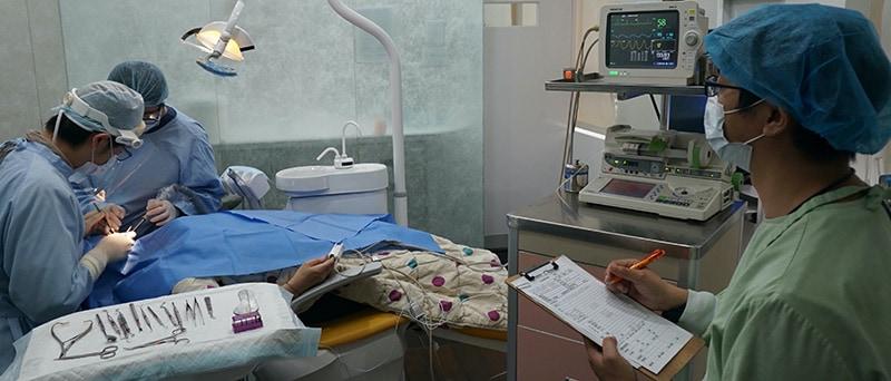 舒眠植牙治療推薦: 包含根管治療後植牙/陶瓷貼片療程 5
